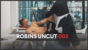 Behind-the-scenes at Andi Weimann's medical   Robins Uncut 003