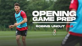 Opening game preparations   Robins Uncut 012